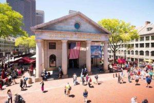 Voyage-linguistique-jeune-a-Boston