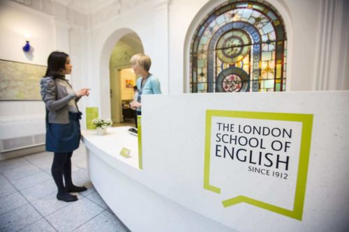 sejours agency Anglais professionnel 30+ à Londres ou à Canterbury