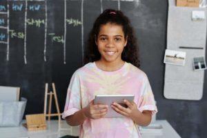 Cours ludiques en anglais en ligne ado